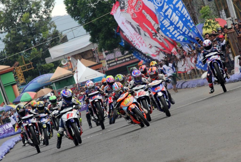 Seri pertama Yamaha Cup Race 2017 di Kebumen untuk pertama kalinya..