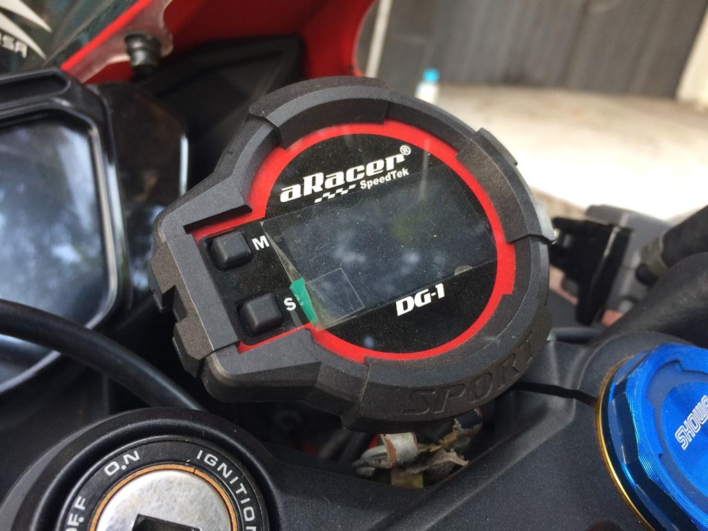 Modifikasi Honda CBR250RR Aracer