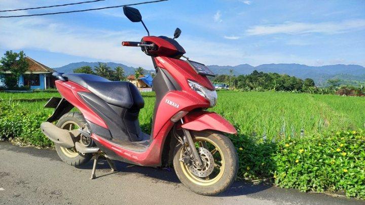 Review Yamaha Freego 125: Licah, Praktis, Bagasi Besar & Nyaman Gak Bikin Capek!