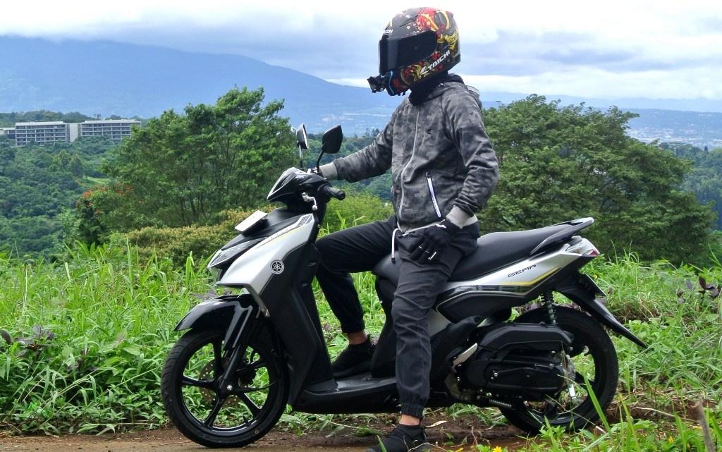 Review Yamaha GEAR 125: Jago Nanjak, Fungsional, Irit BBM, Cuma 1 Kekurangannya!