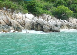 boat trip rocks