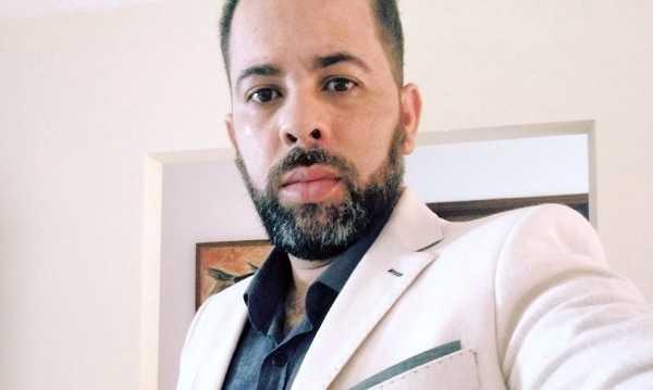 Clebson Amsterdan deixa de apresentar programa Primeira Página na Rádio Gravatá FM