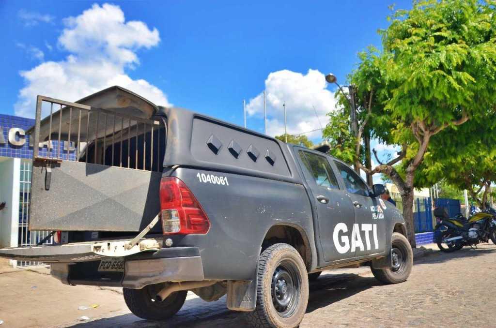 Rapaz suspeito de assaltar na zona rural de Gravatá é detido pela Polícia Militar