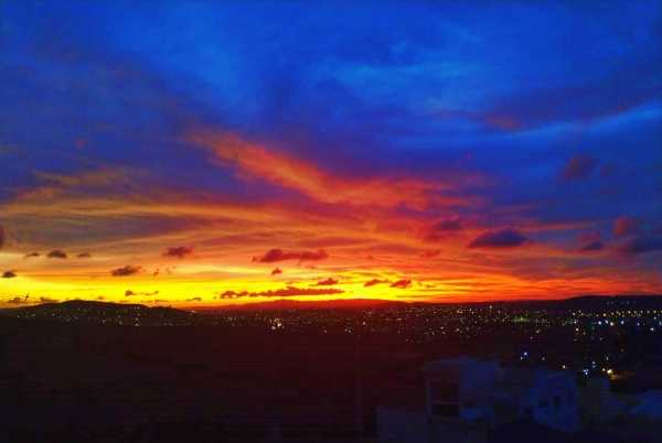 Pernambucanos se impressionam com lindo pôr do sol desta segunda (6)