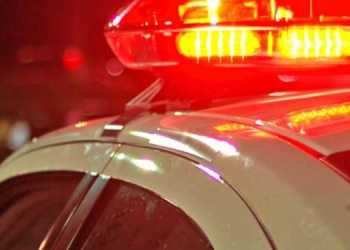 Bezerros: Carro cai de viaduto na BR-232, motorista sobrevive e é socorrido