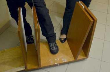 Polícia Federal prende homem transportando 8 quilos de cocaína dentro de estante