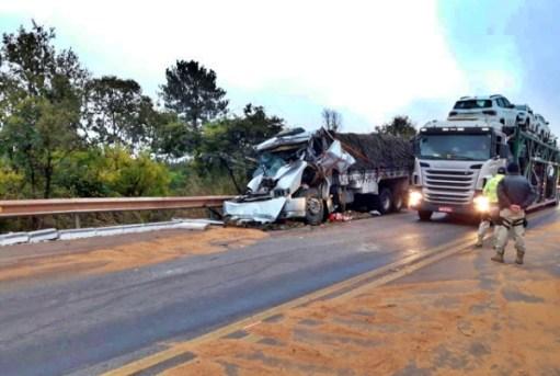 Pernambucano morre em acidente envolvendo carretas na BR-251 em Minas Gerais