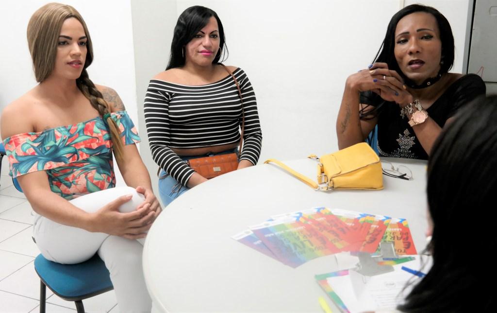 Inclusão: mutirão para alteração de prenome e gênero contempla mulheres trans surdas