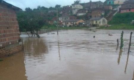 Moradores ribeirinhos de Vicência estão preocupados com nível do Rio Siriji