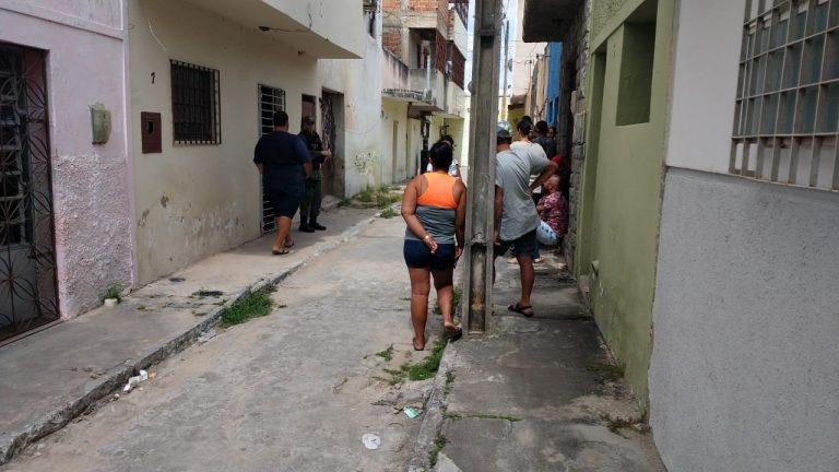 CRIME: Jovem é assassinado com tiros na cabeça em Caruaru