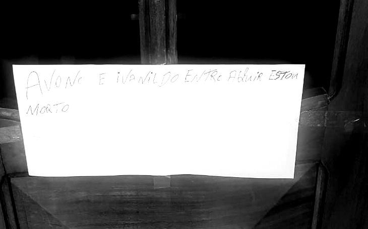 Homem comete suicídio e deixa bilhete na porta informando sua morte