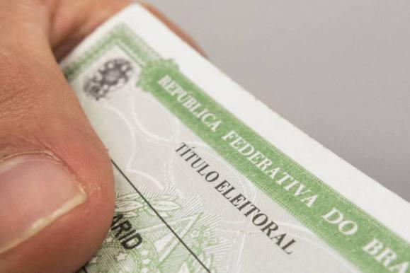 Quem não fizer a biometria do Título de Eleitor poderá ficar salário, BPC, aposentadoria e até Bolsa Família