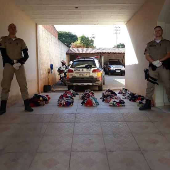 Ladrão de calcinhas é preso com mais de mil peças íntimas; criminoso usava fio dental