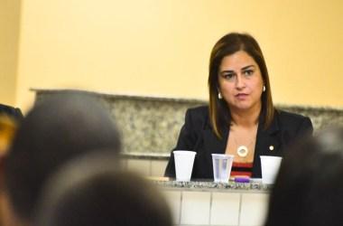 Promotora de Justiça, Doutora Fernanda, é a entrevistada de hoje do Programa Falando Sério