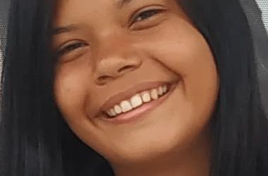 Adolescente sai para estudar e desaparece em Carpina; família pede ajuda
