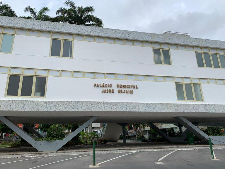 Prefeitura de Caruaru anuncia datas de distribuição de kits para alunos da rede municipal
