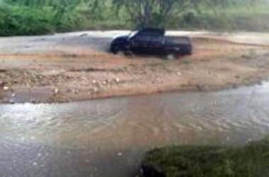 Corpo de motorista levado por enchente é encontrado na zona rural de Surubim