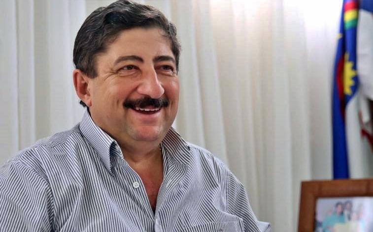 No rádio, prefeito de Gravatá diz que 'quarentena não acabou'