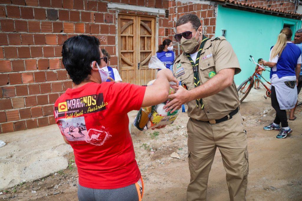 Gravatá Solidária: Prefeitura inicia entrega das cestas básicas