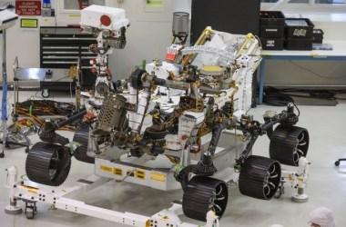 Robô de U$ 2,7 bilhões vai procurar formas de vida em Marte