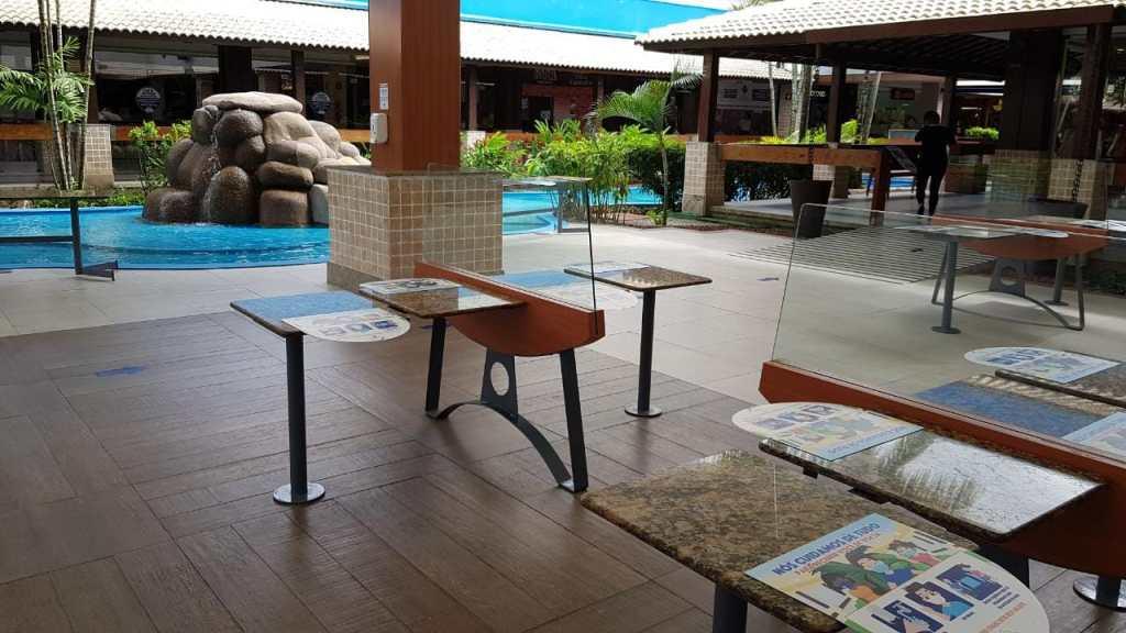 Cabo: Shopping Costa Dourada retoma atividades na praça de alimentação