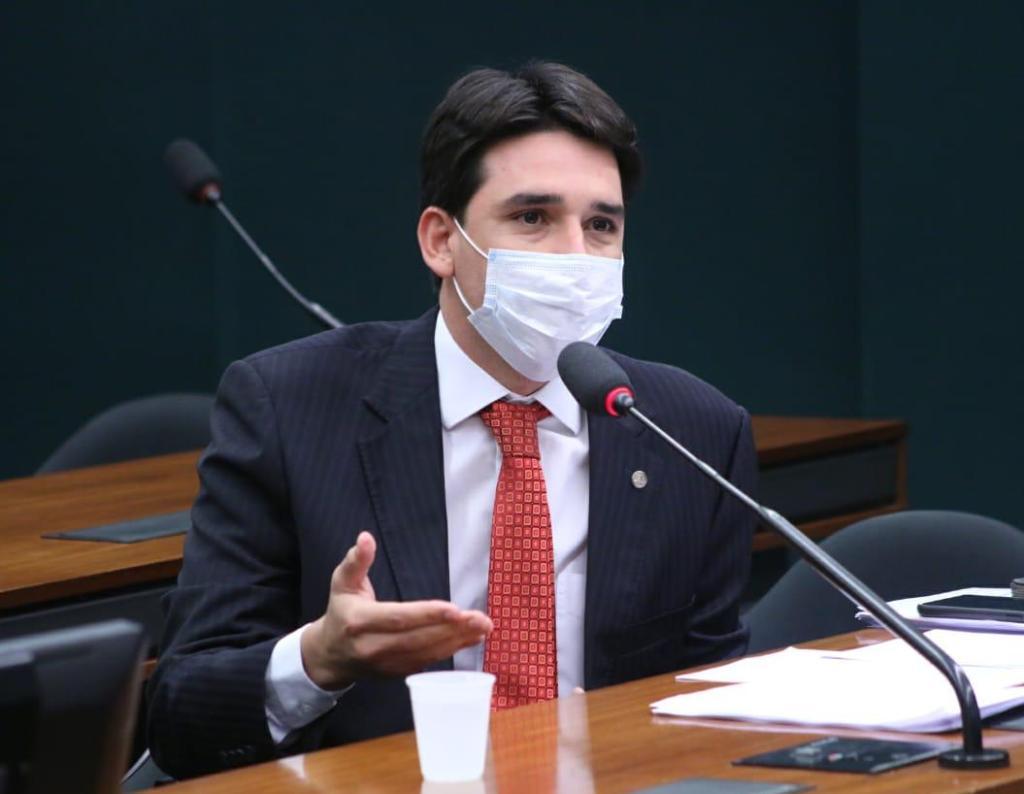 Silvio Costa Filho convida ministro Paulo Guedes para apresentar proposta de Reforma Tributária