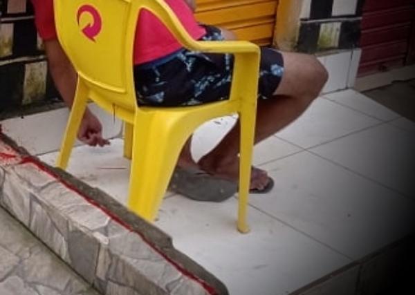 Palmares: Jovem assassinado na frente de barbearia quando aguarda para cortar cabelo