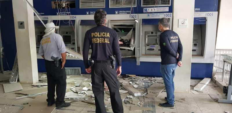 Agência da CAIXA é explodida por criminosos em Paudalho; veja fotos