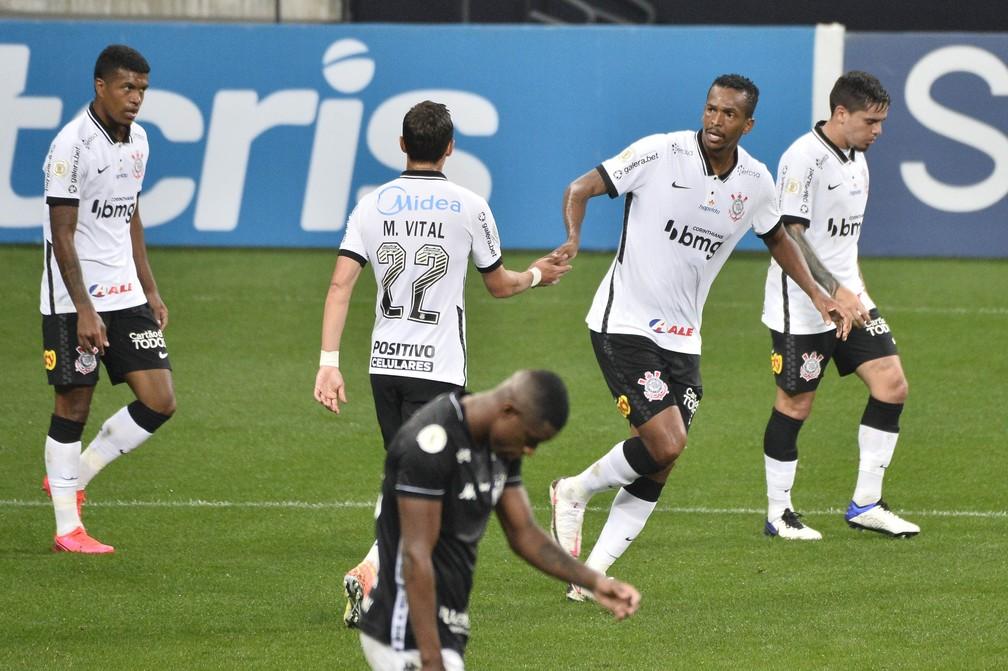 Corinthians empata em casa com o Botafogo em 2x2