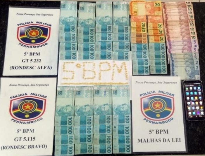 Policiais militares do 5ºBPM apreendem drogas no bairro Pedro Raimundo, em Petrolina