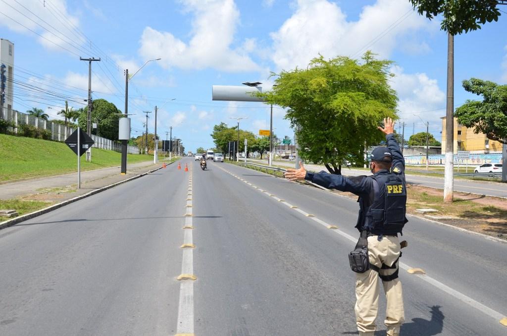 12 de outubro: PRF reforça fiscalização nas rodovias federais de Pernambuco