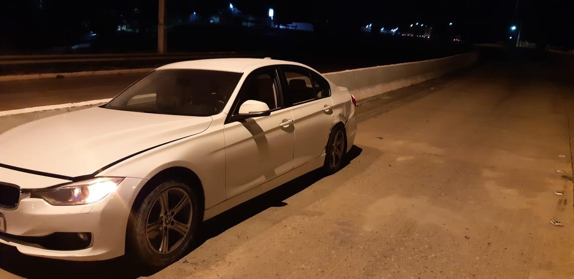 Motorista de BMW foge após provocar acidente em Paudalho (PE)
