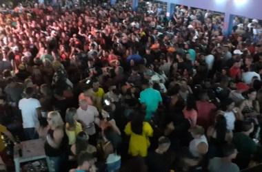 Jaboatão: Fiscais flagram balada com mais de mil pessoas e acabam com evento na hora
