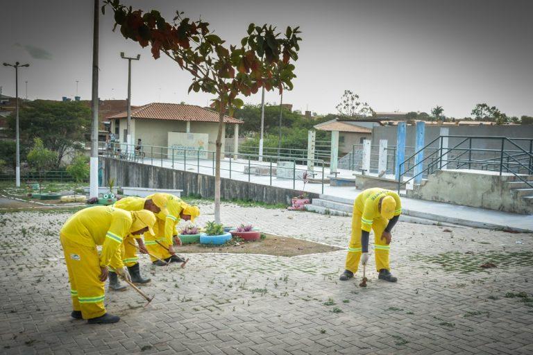Gravatá: Mutirão de limpeza é realizado no bairro Alpes Suíços