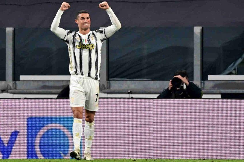 Cristiano Ronaldo se torna a pessoa com maior número de seguidores no Instagram; 251 milhões
