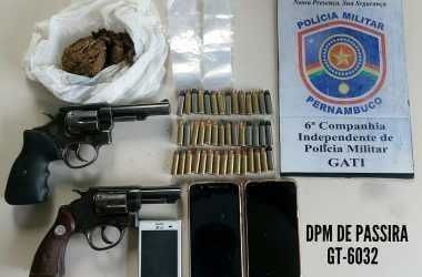 Passira: PM prende três suspeitos de tráfico de drogas  com armas e droga
