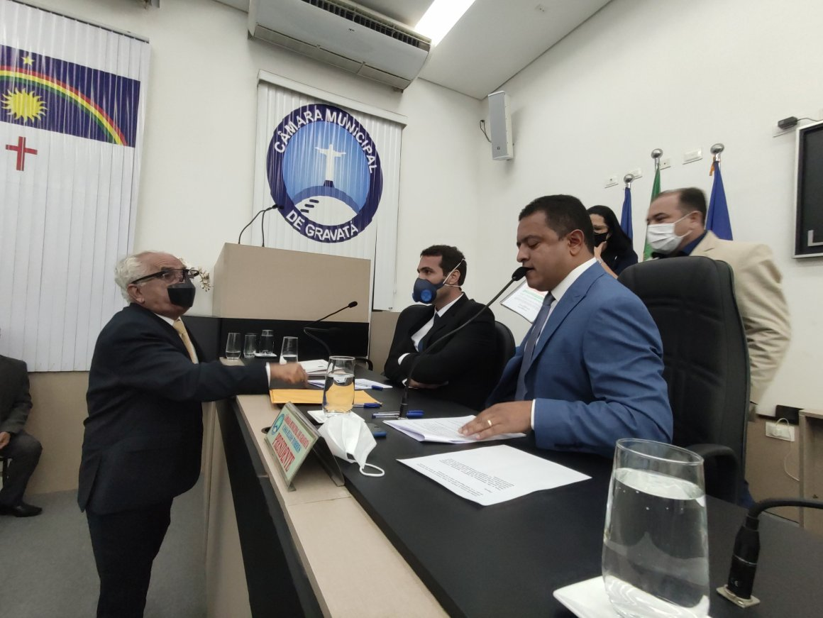 Histórico: Luiz Prequé não toma posse na Câmara de Gravatá por não apresentar documentos obrigatórios