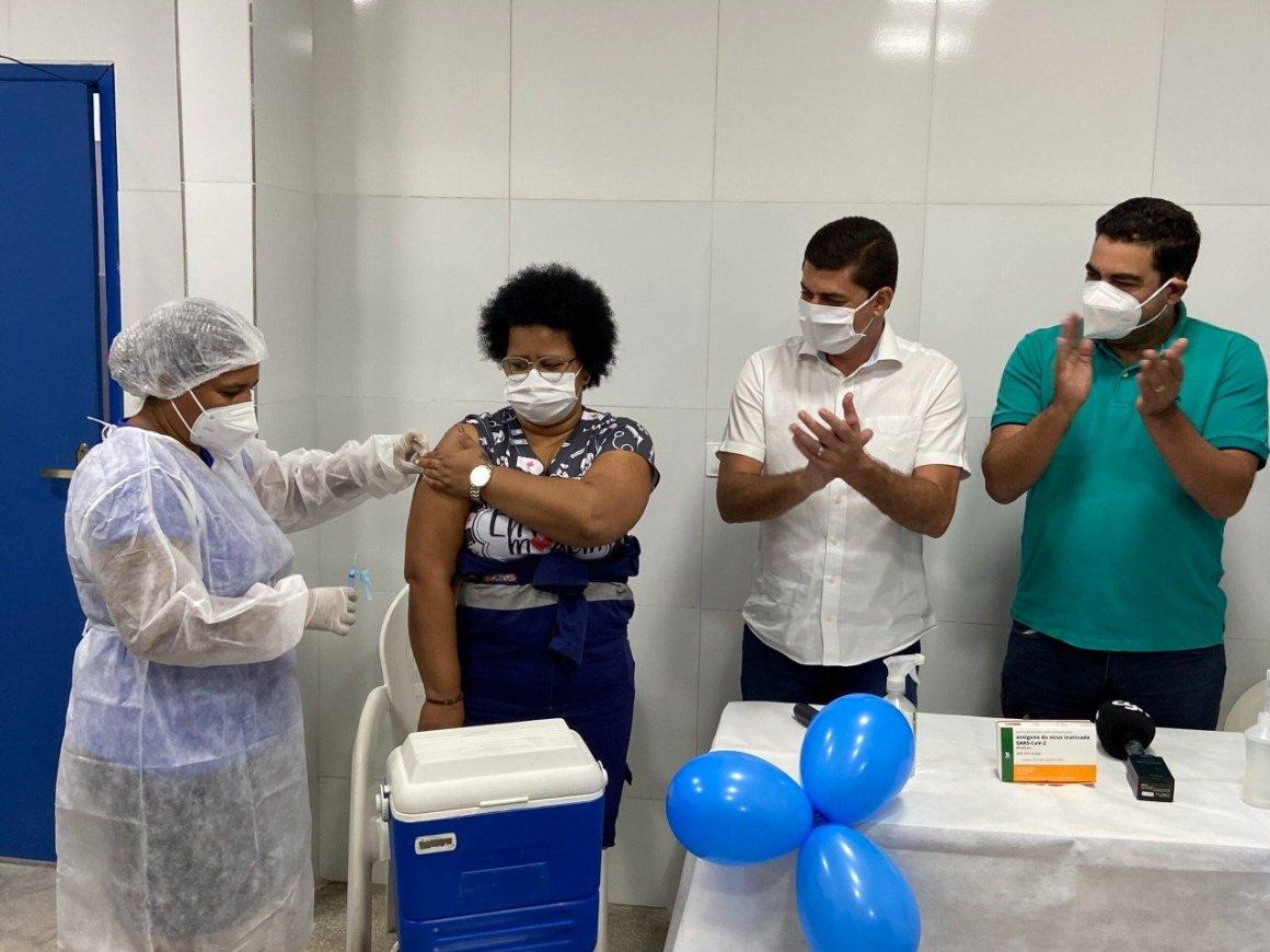 Com 486 doses aplicadas, Chã Grande completa um mês de vacinação contra a Covid-19