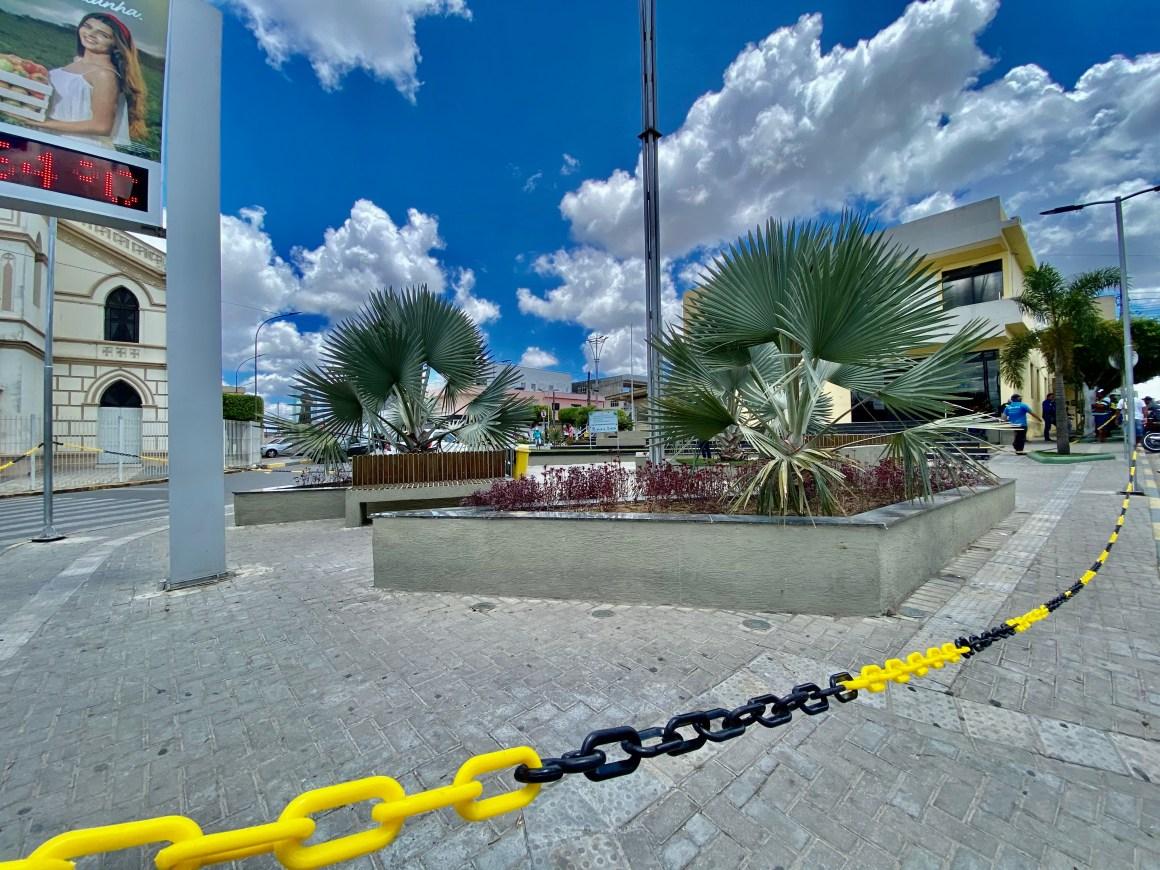 Praças, parques e academias ao ar livre são interditados em Camocim de São Félix