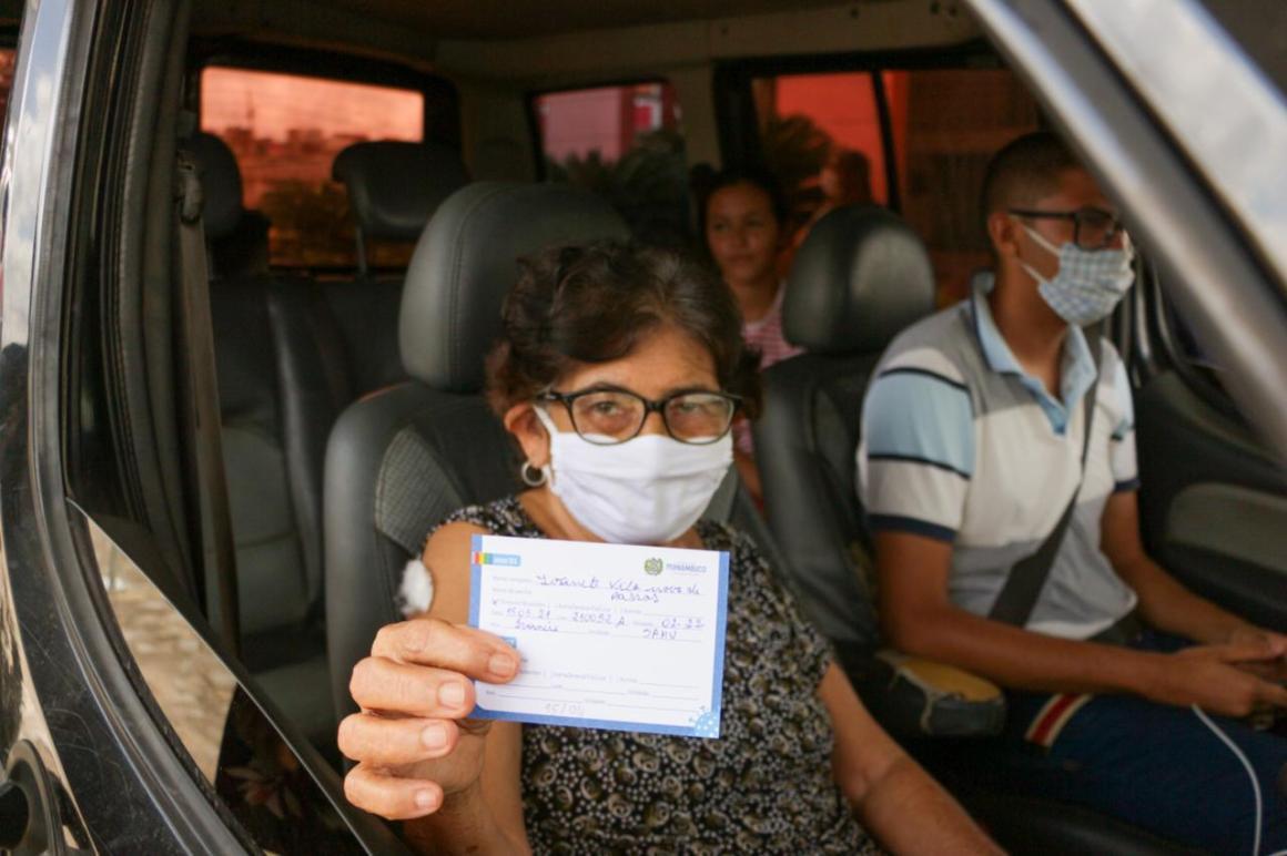 Vacinação em Vitória de Santo Antão é ampliada para idosos a partir de 75 anos e passa a funcionar também nos finais de semana