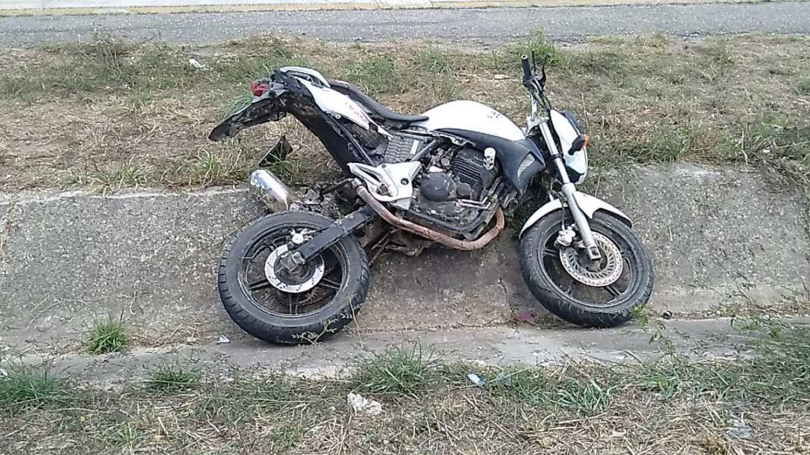 Gravatá: Mulher que estava em moto morreu durante travessia em local proibido da BR-232; imagens exclusivas
