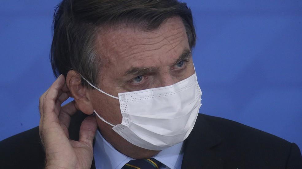 Bolsonaro é condenado a pagar R$ 20 mil reais a jornalista ofendida