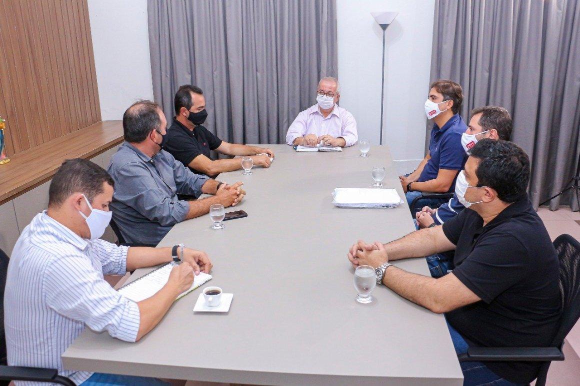 Novo Atacarejo vai se instalar em Gravatá e já recebe benção do prefeito Padre Joselito