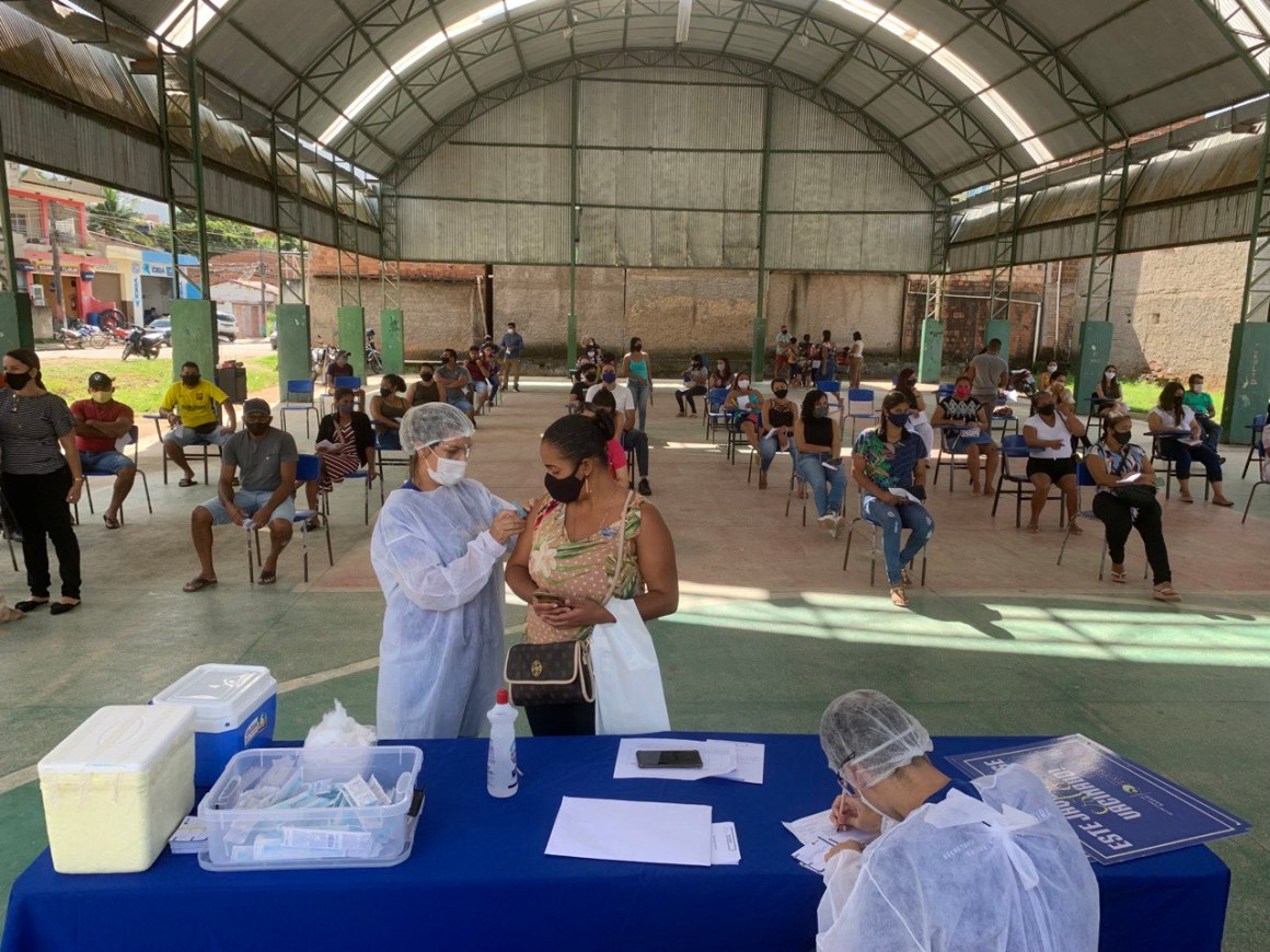 vacinacao em jaqueira foto william cavalcanti