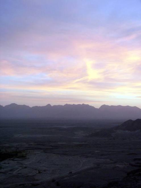 Pustynia Dasht-e Kavir to miejsce, gdzie dociera niewielu ludzi Zachodu. (Fot. John Markovich)