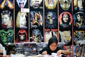 Koszulka z Che Guevarrą dostępna jest nawet w Malezji.