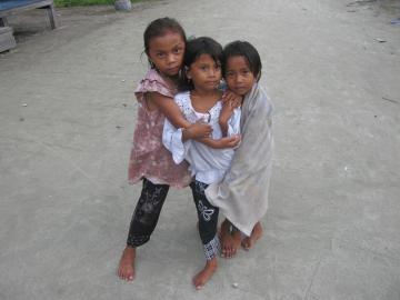Dzieci z wyspy Derawan, Indonezja