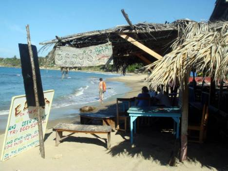 Eggy's Bar - popularne miejsce na Treasure Beach
