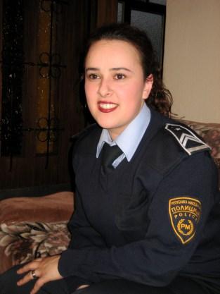 Portret kobiety policjantki uwieczniony w ramach projektu The Empowerment of Women odbywającego się w Macedonii. (Fot. Ola Hrycyna)