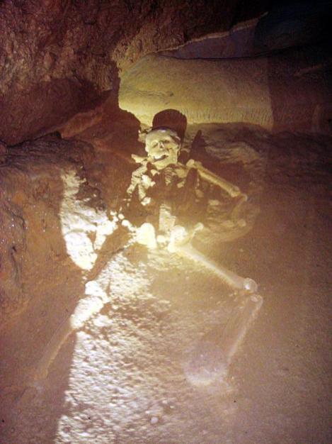 Jaskinia Actun Tunichil Muknal w Belize